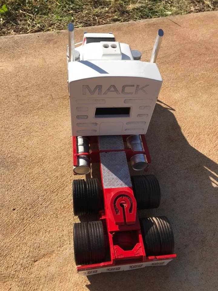 Mack-6X4-Expetionel-3