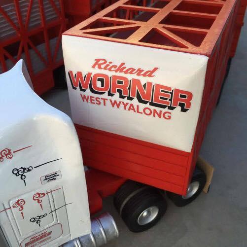 Richard-Worner-Live-stock-1