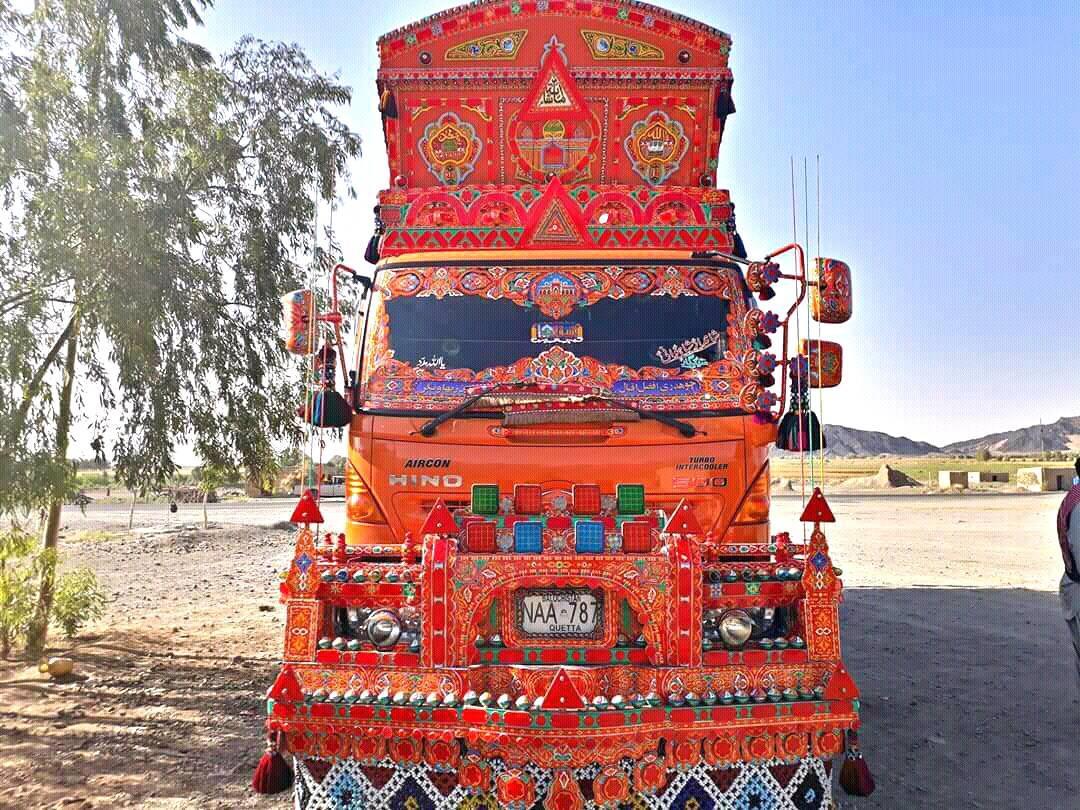 Hino-Quetta-_-Pakistan