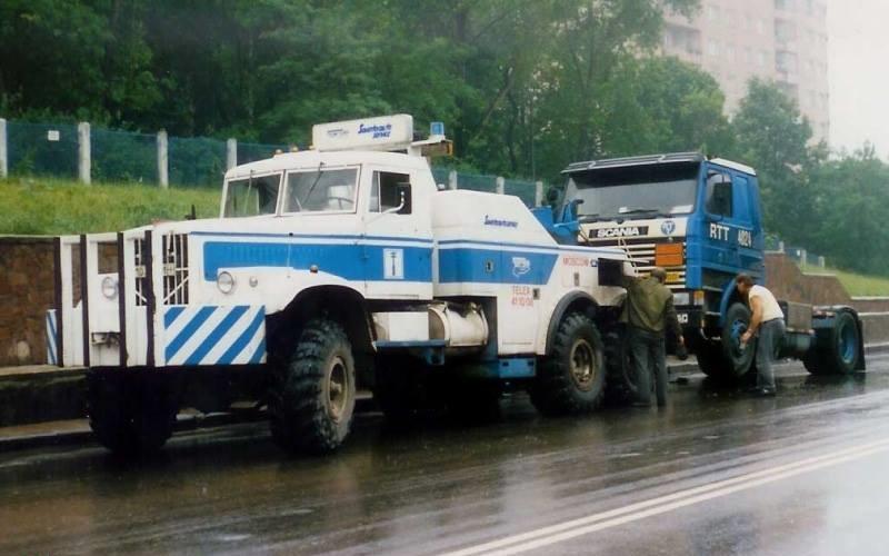 Scania-in-probleem-in-Russia-Kraz-6X6