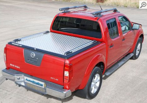 Nissan-Navara-Security-Tonneau-2