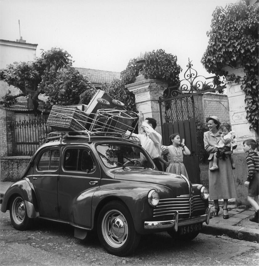 Renault-4cv-7