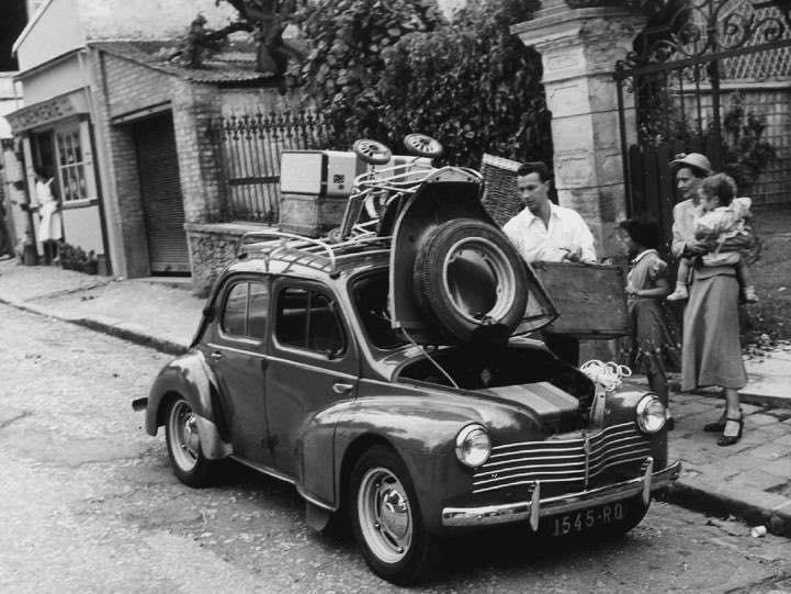 Renault-4cv-8
