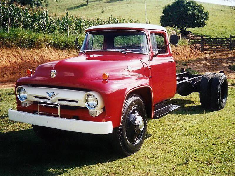 Ford-600-modelo-56