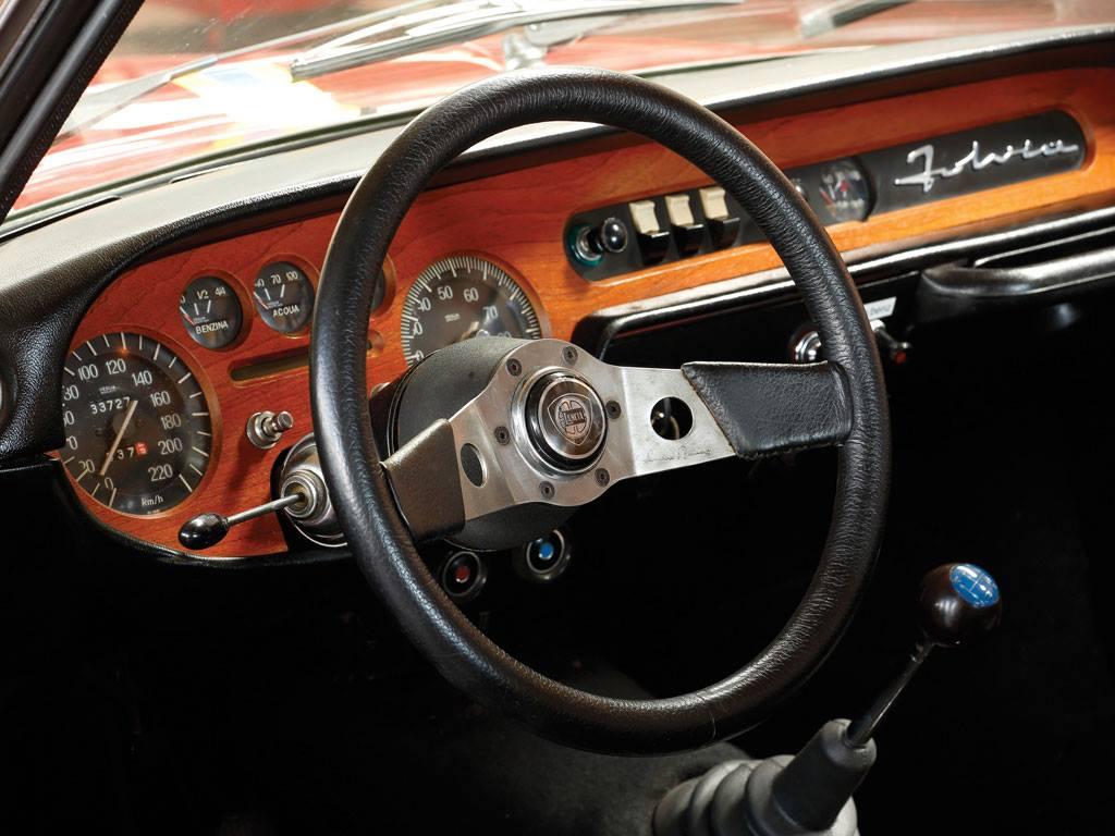 LANCIA-FULVIA-Coupe-Rallye-1-6-HF--Fanalone-1970-3
