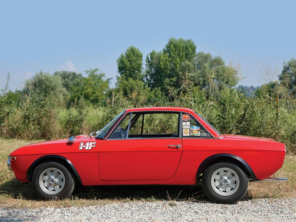 LANCIA-FULVIA-Coupe-Rallye-1-6-HF--Fanalone-1970-4