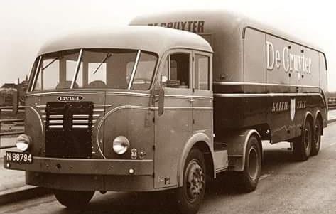 Panhard-Camion-3