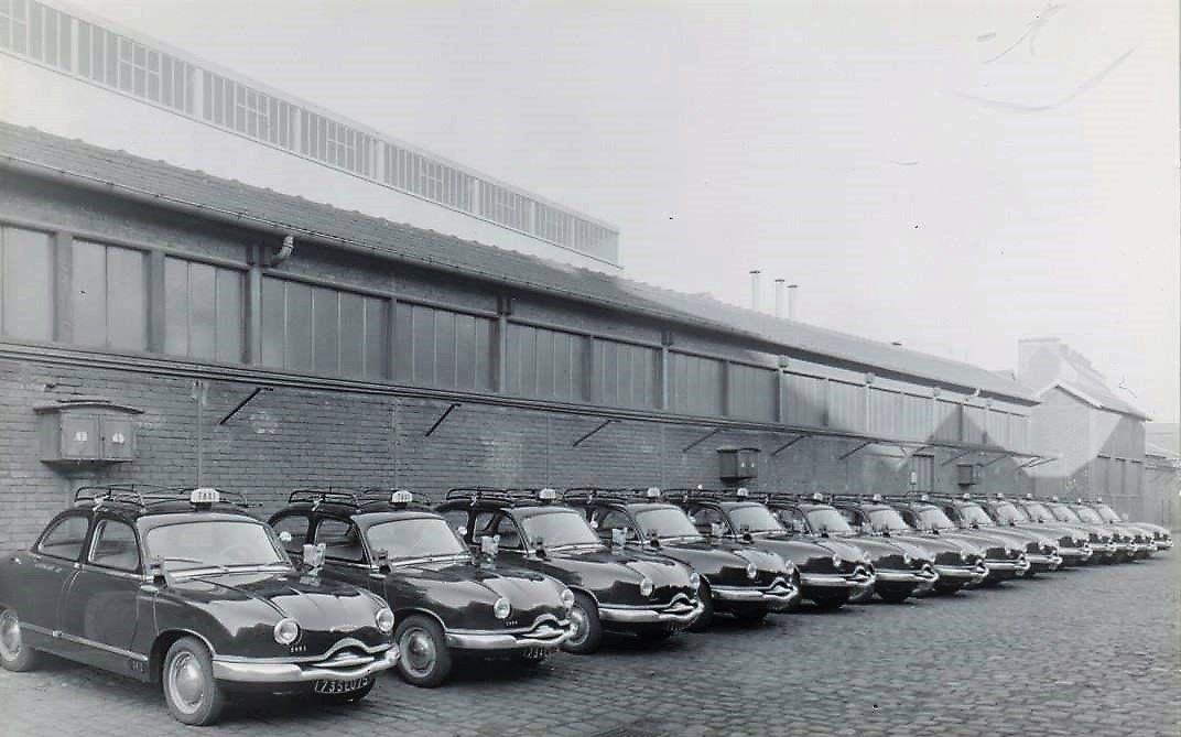 Panhard-Z-11-Taxi-1956-57-2