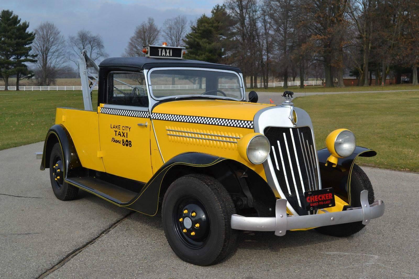 1937-Checker-wrecker-conversion