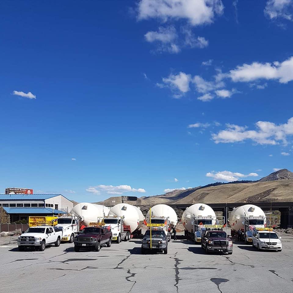 Leo-Westerink-23-4-2018-Onderweg-van-Lethbridge-Alberta-naar-College-City-Californie--Silo-s-voor-opslag-zonnebloem-pitten-1