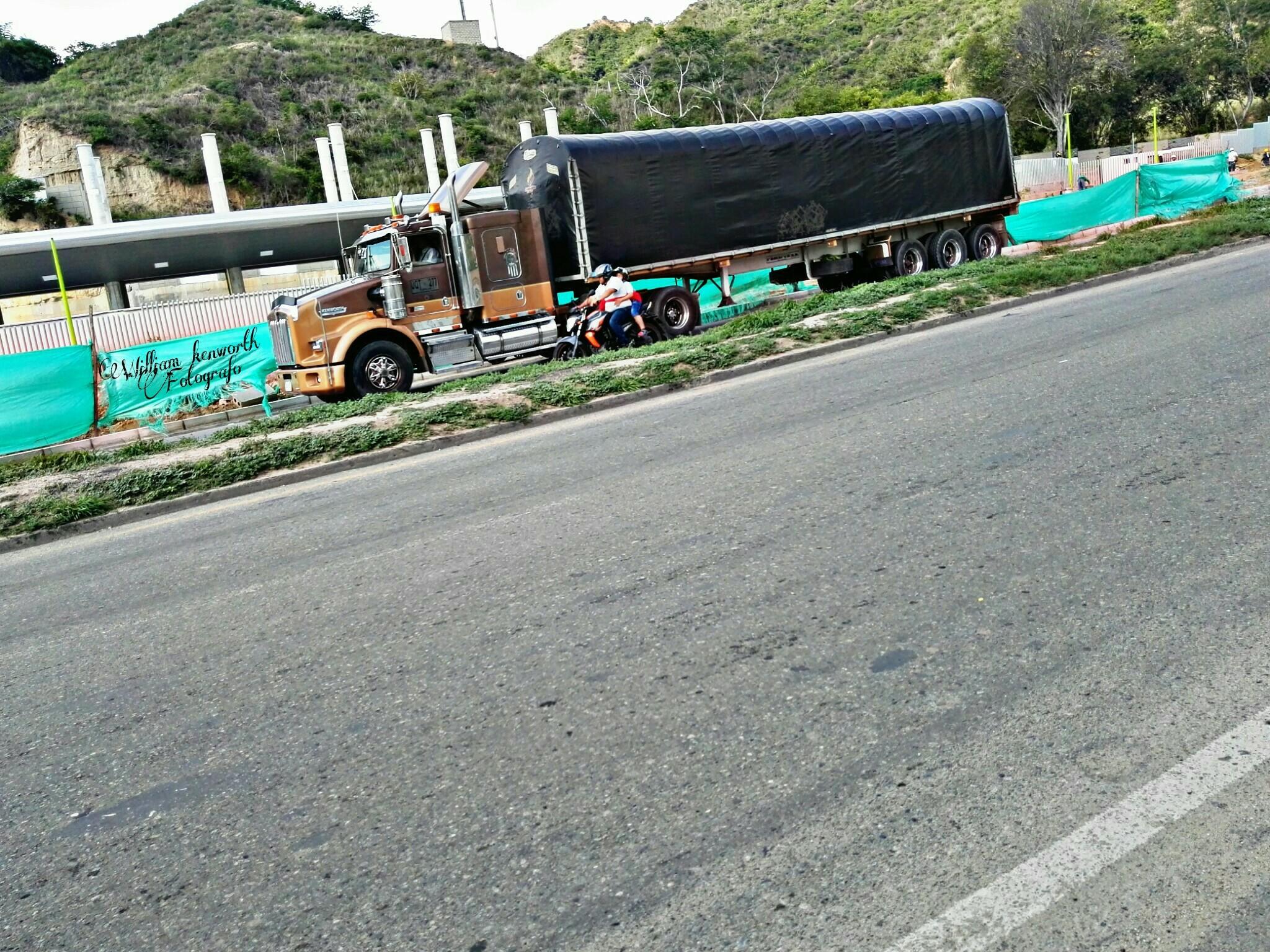 Camiones-Sencillo-Truck-Photo-30