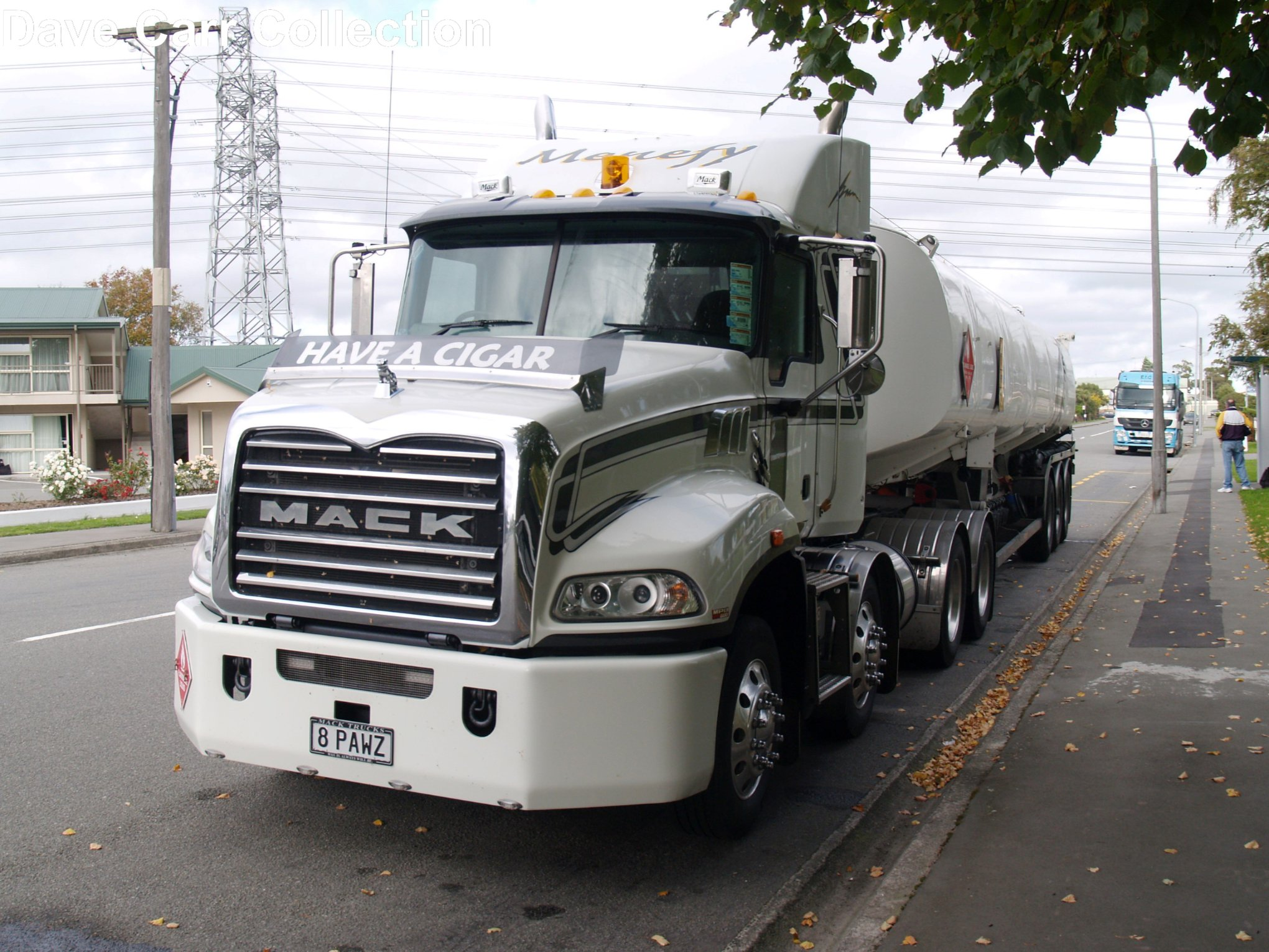 Menefy-Trucking---Upper-Riccarton--10-April-2011-2