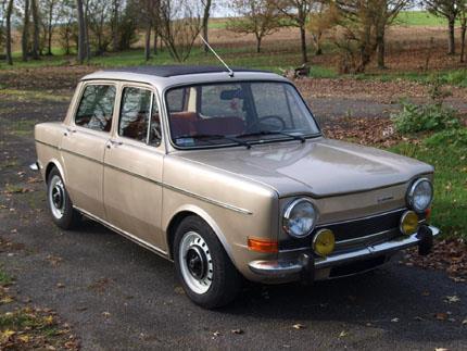 Simca-1000-extra--Maart-1976-eerste-auto-in-europa-in-beperkte-reeks--2-opties-beschikbaar-ofwel-het-schuifdak-ofwel-een-autoradio--2-motoren-beschikbaar-een-944-cm3--52-pk--5-pk.-Of-een-1118-cc-56-pk--6-pk--3