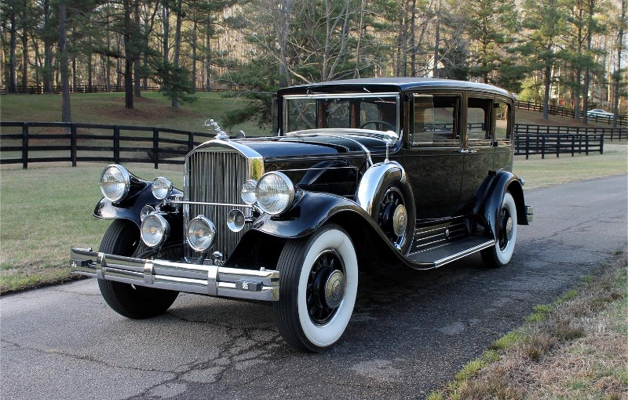 1930-Pierce-Arrow-4S-Limousine-1