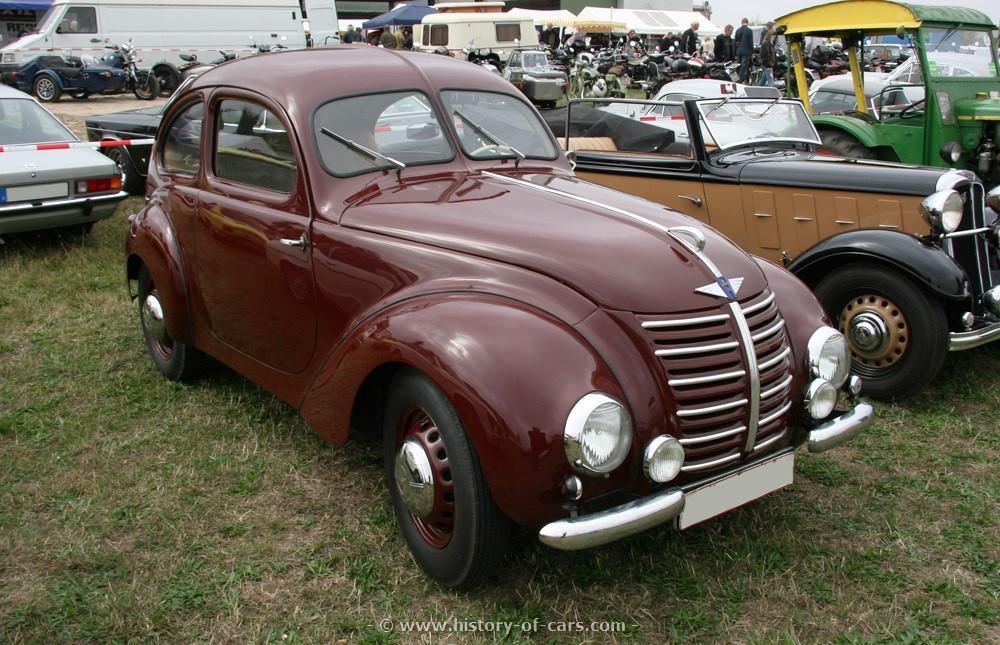 HANOMAG-1-3-litre-Autobahn-saloon-1939-1941-Germany-1