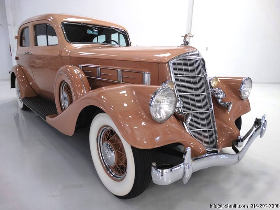 1934-Pierce-Arrow-Model-836A-Sedan-1