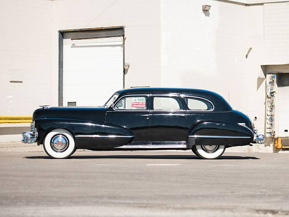 1942-Cadillac-Series-67-Seven-Pass-Imperial-Sedan-2