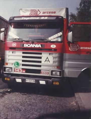 Scania-143-M-450