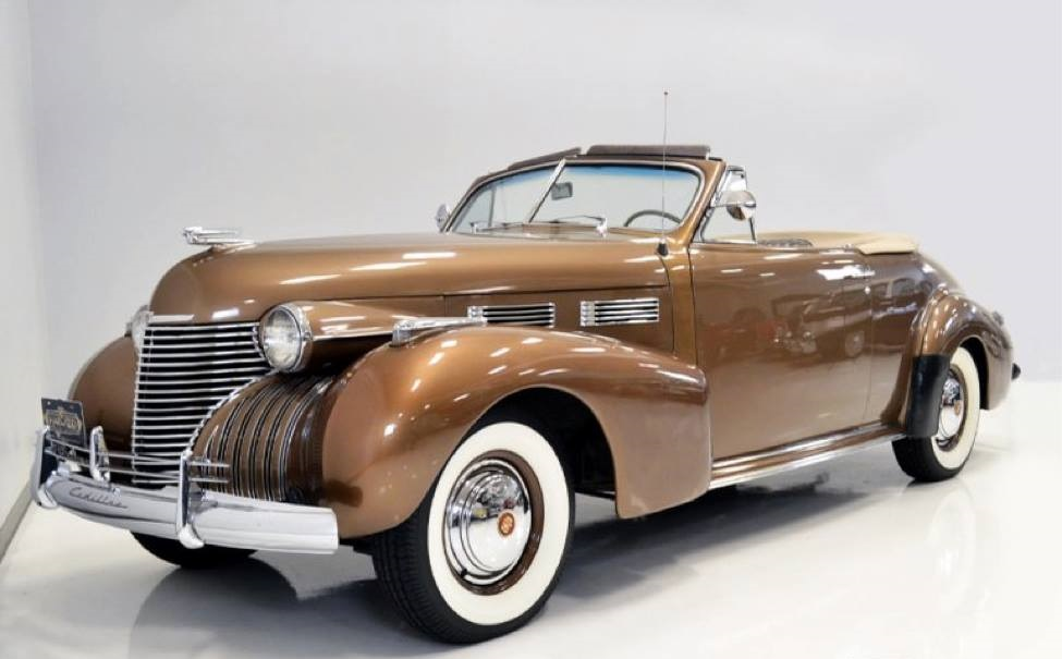 1940-Cadillac-62-Convertible-Coupe-1