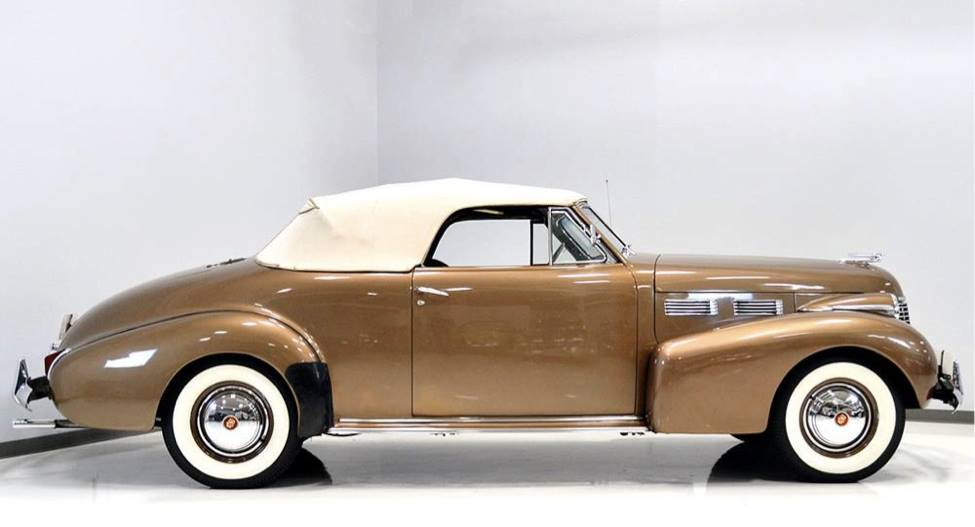 1940-Cadillac-62-Convertible-Coupe-3