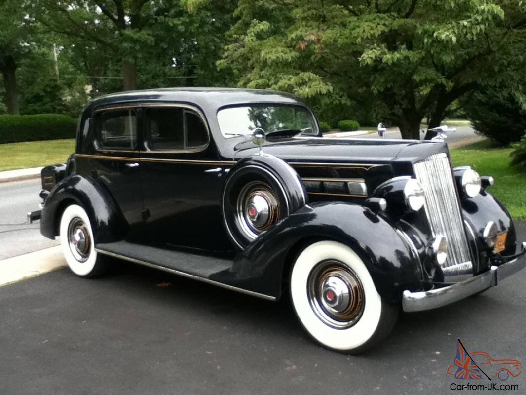 1935-Packard-120-Club-Sedan