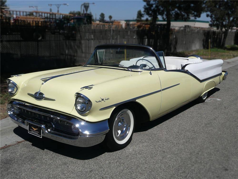 1957-Oldsmobile-98-Starfire-Convertible-1