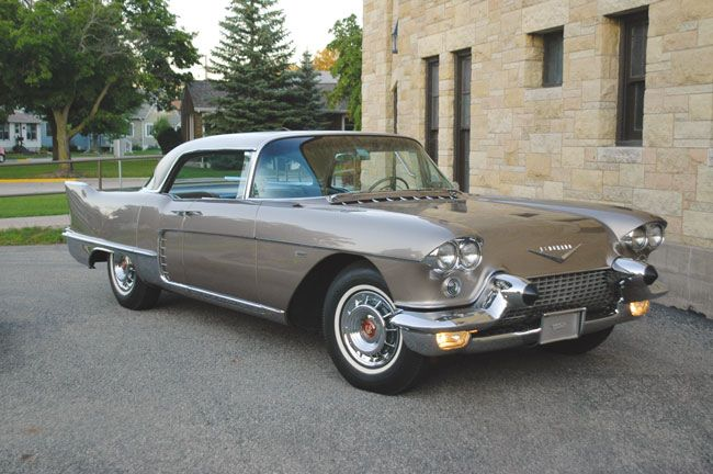 1958-Cadillac-Eldorado-Brougham-1