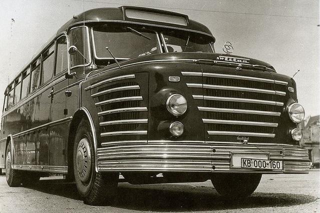 Krupp-Titan-6-zyl-2-takt-Diesel--200ps-2