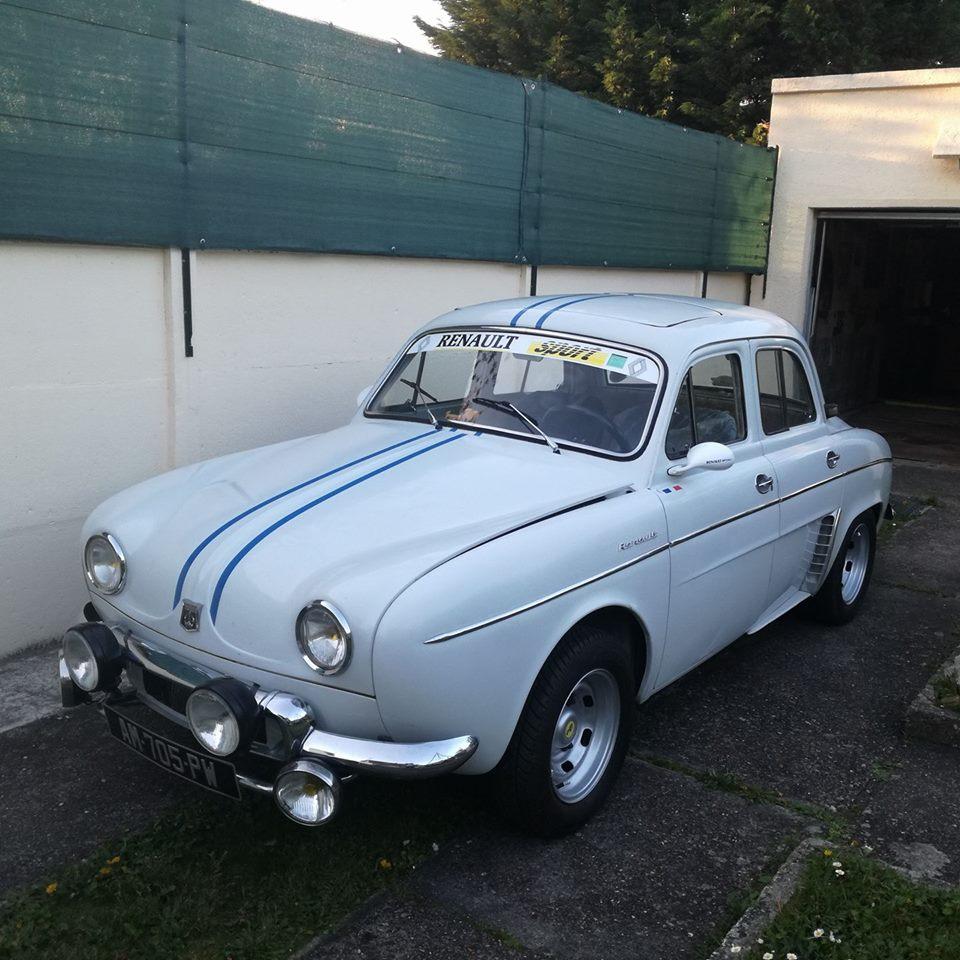 Renault-la-Dauphine-1093