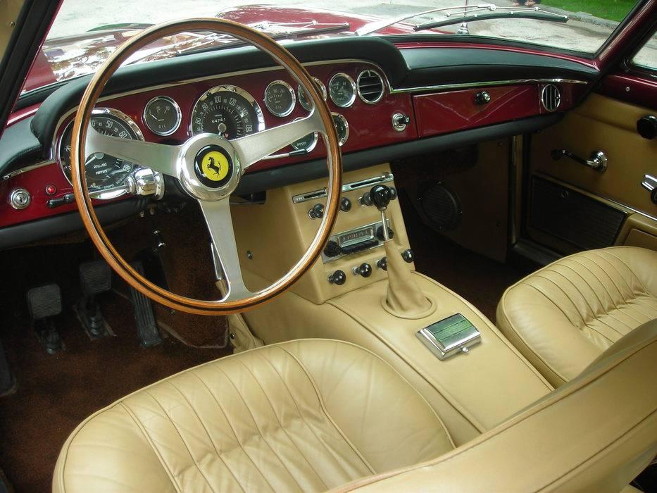 1964-Ferrari-330-America-Coupe-3