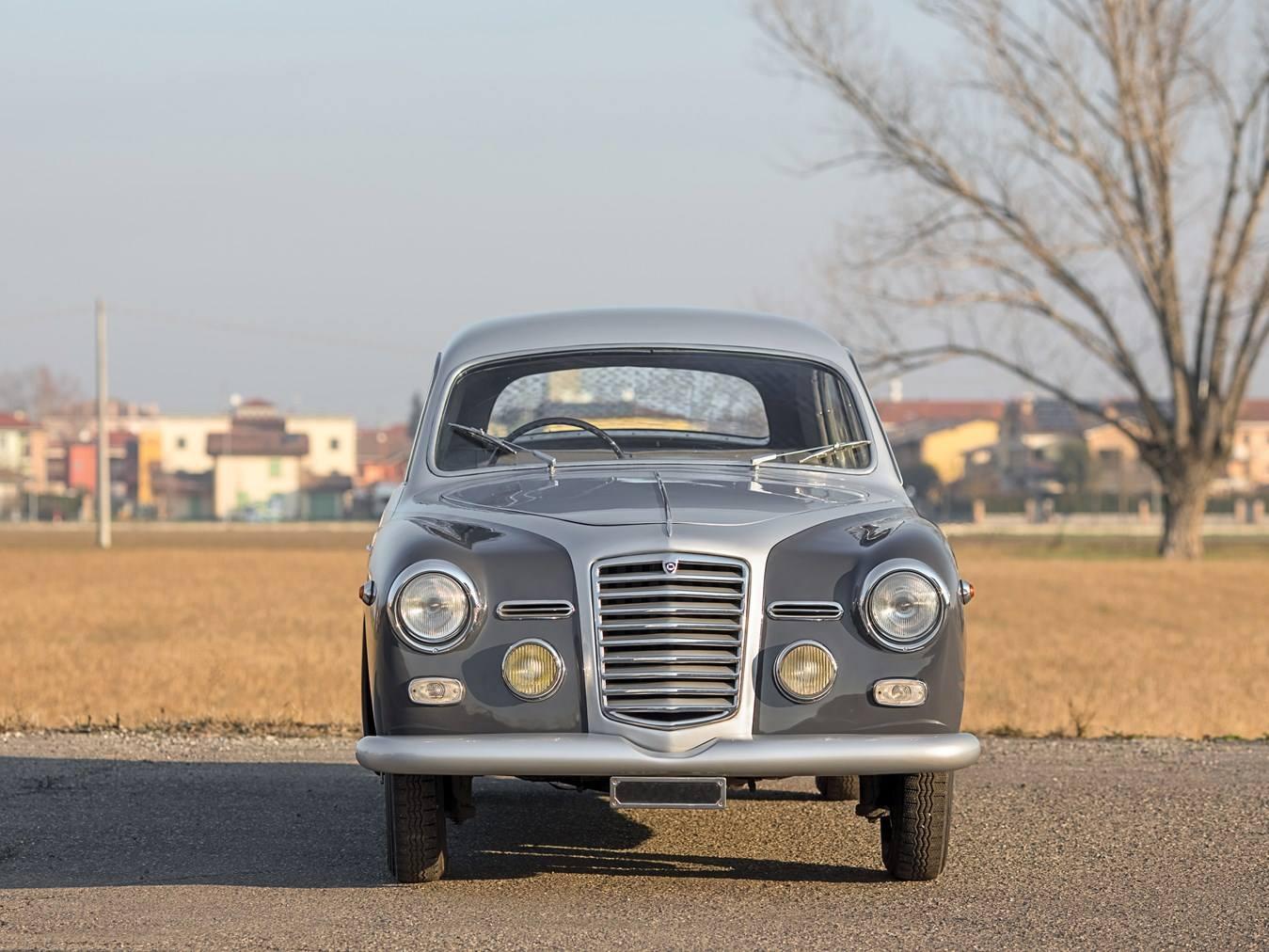 Lancia-Augusta-Coupe-1934--5