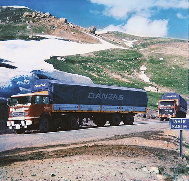 1975-Milano-Teheran--OM-Unic-190---Scania-110