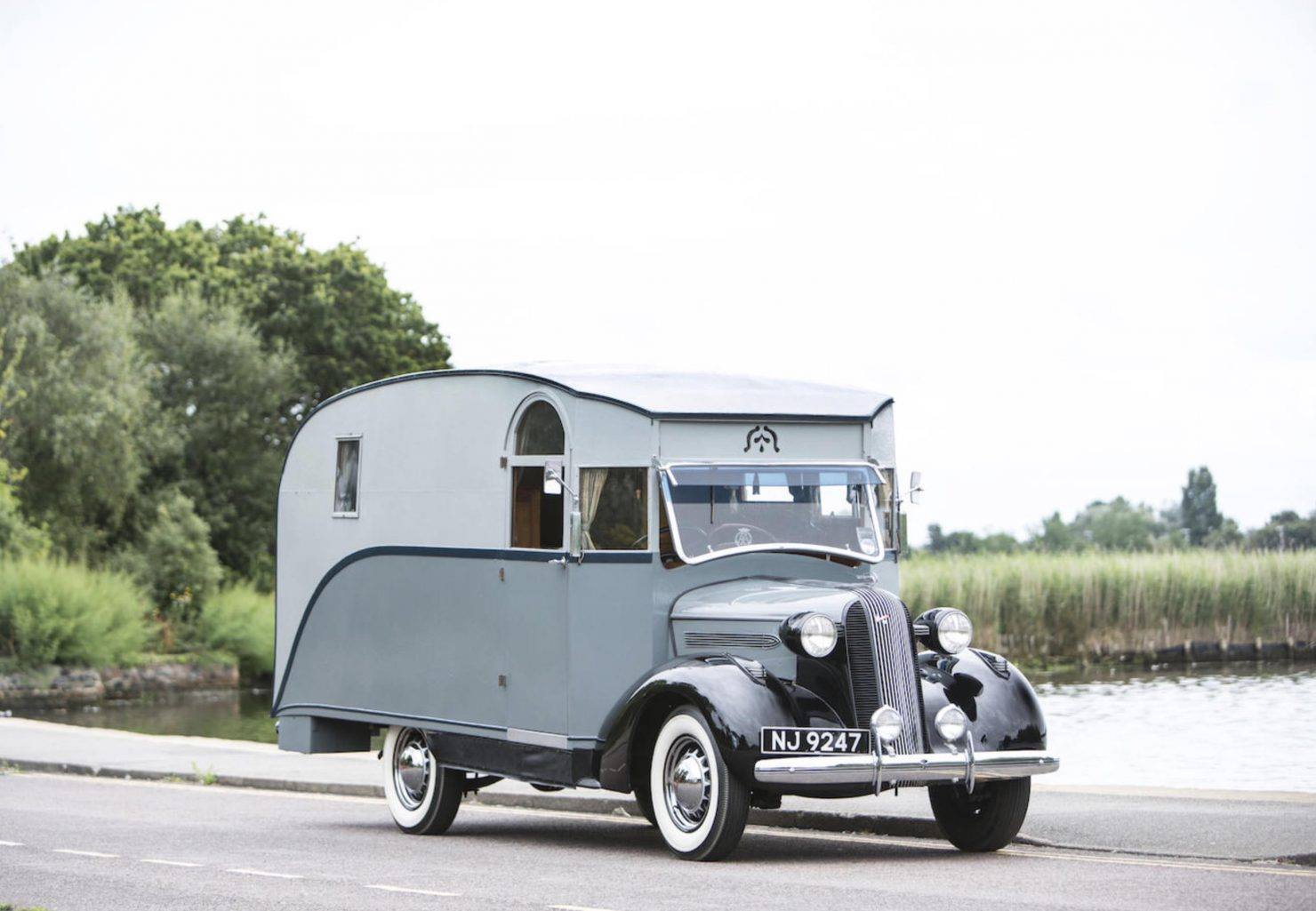 1936-PONTIAC-SIX-4-LITRE-MOTORHOME-1