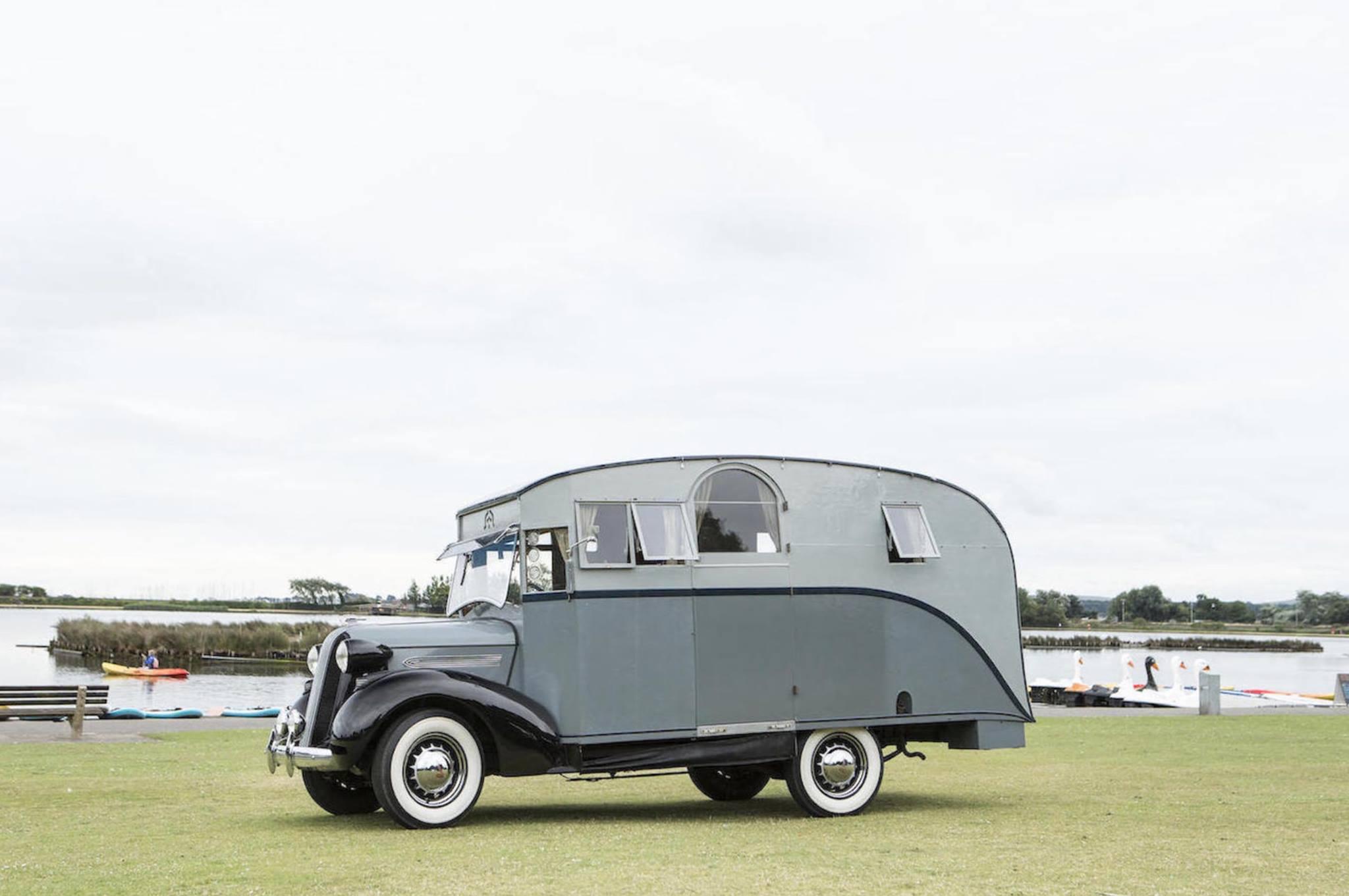 1936-PONTIAC-SIX-4-LITRE-MOTORHOME-3