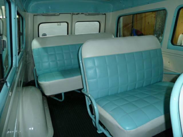 1956-Chevrolet-Suburban-3