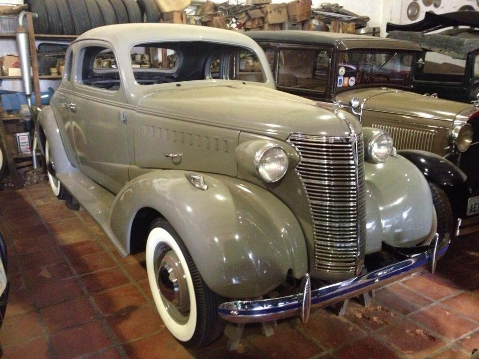 Chevrolet-Sport-Coupe-1938