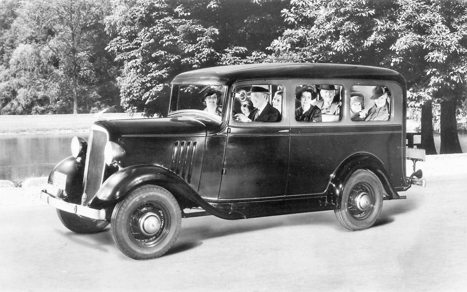 Chevrolet-Suburban-1933