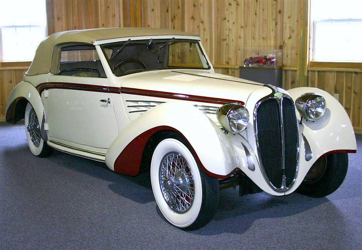 1939-Delahaye-135-M-Convertible-Coupe