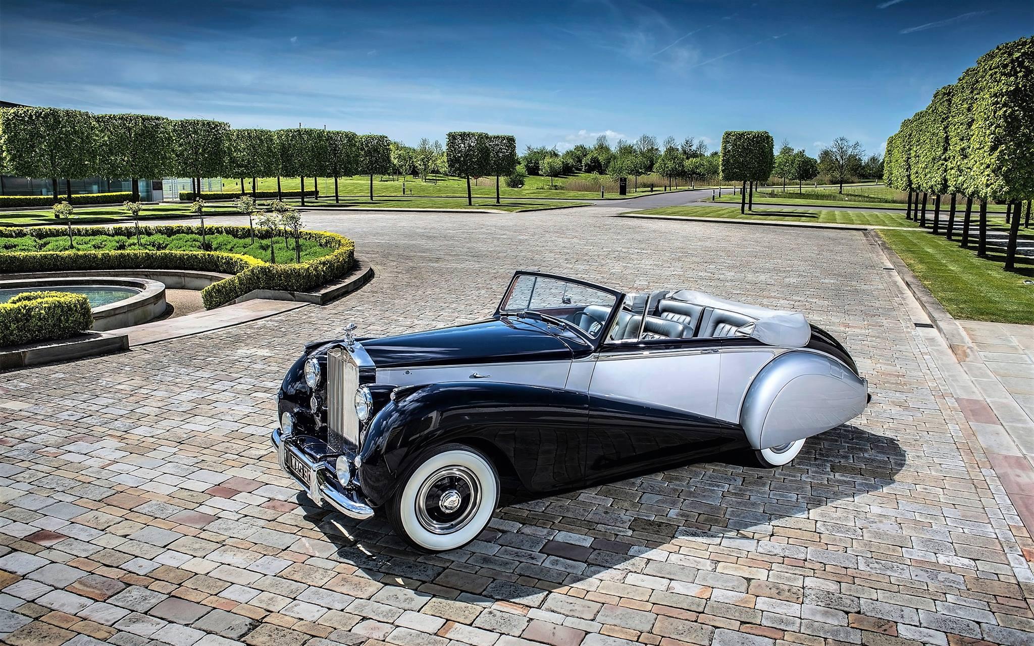 Rolls-Royce-Silver-Dawn-1952-1[1]