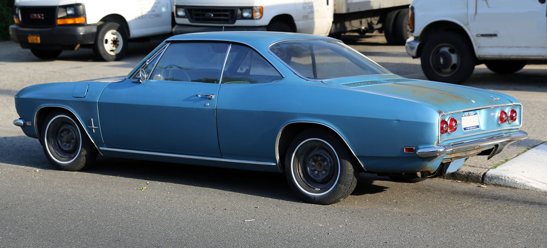 1968_Chevrolet_Corvair_110_coupe_rear