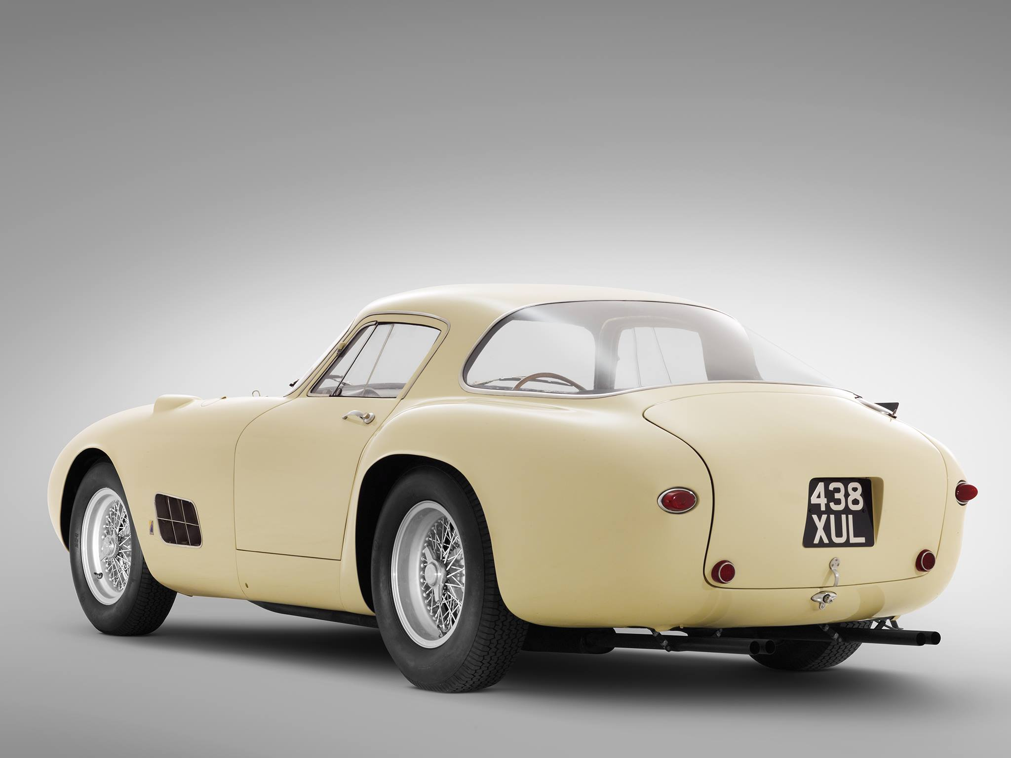 1955-Ferrari-410-Speciale-Berlinetta-4