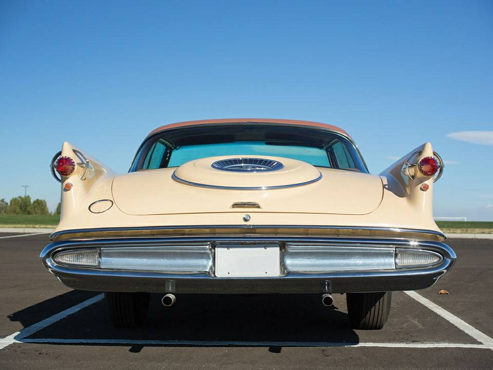 1959-Imperial-Custom-Southampton-Coupe-3