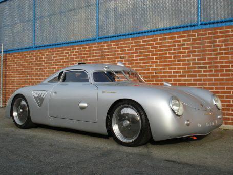 Porsche--356-A-Siver-Bullet-1955-3
