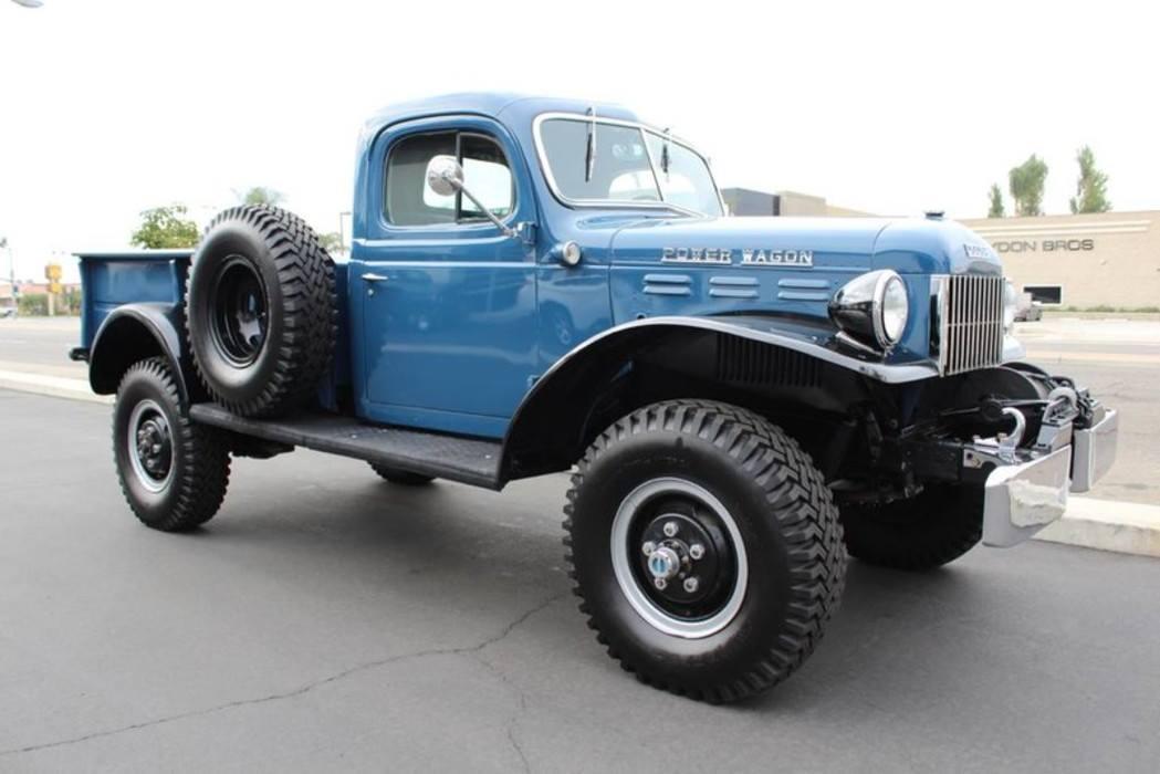 Dodge-Power-Wagon-1955-1