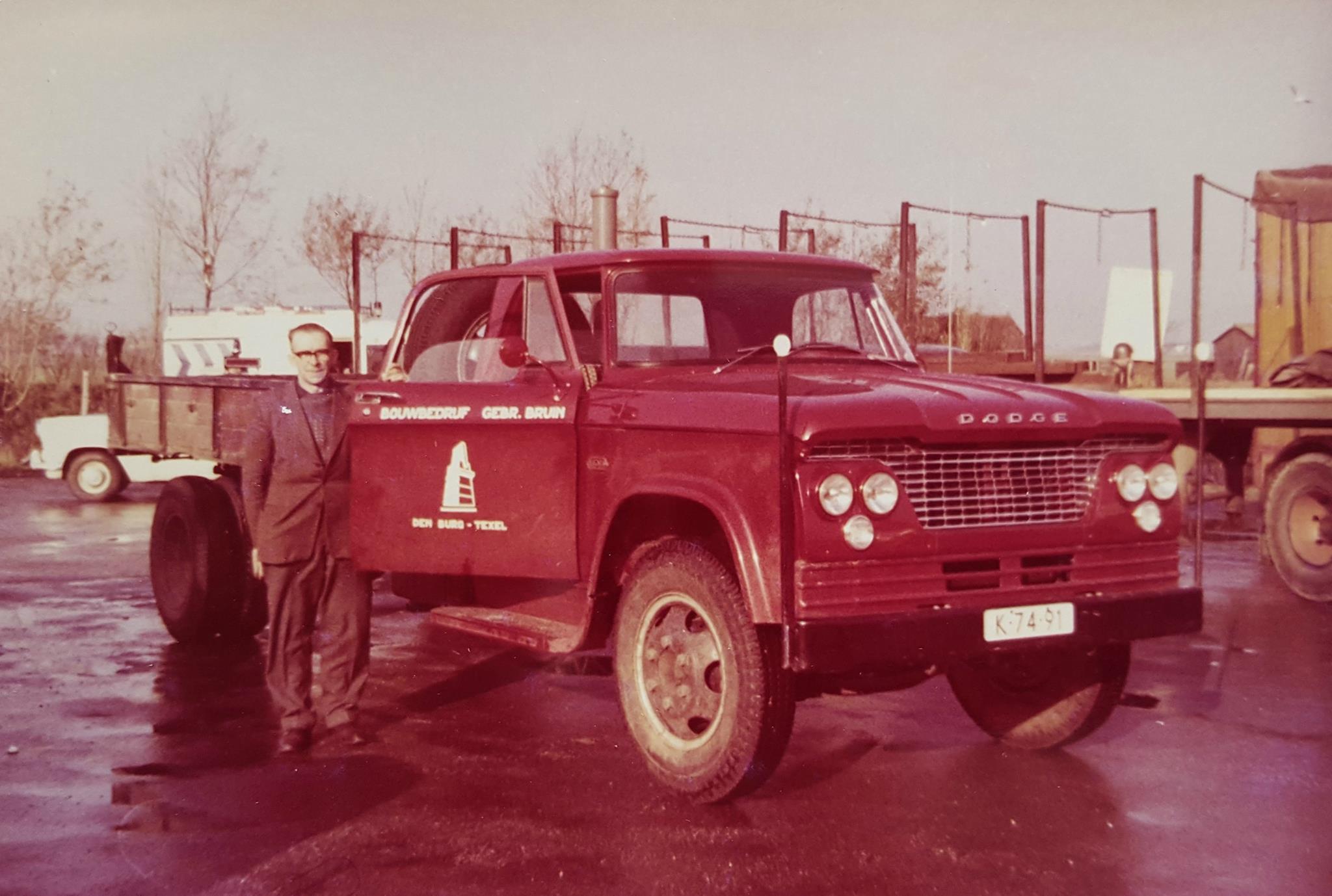 Dodge-Taxel-chauffeur-Sietse-van-der-Zwaag[1]