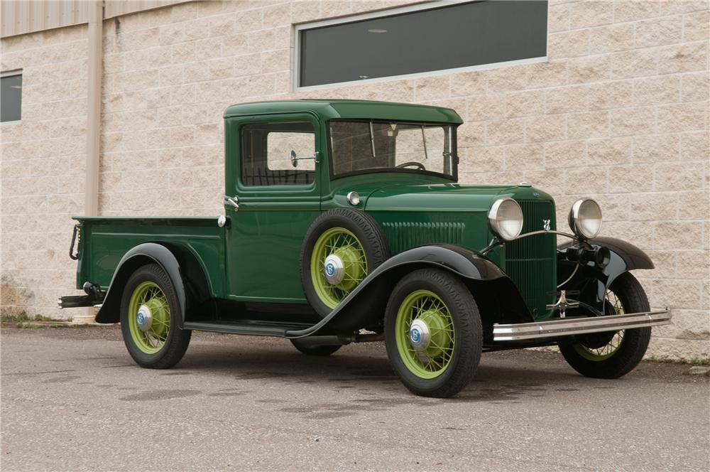 Ford-Model-B-Pickup-1932-the-first-V8--1