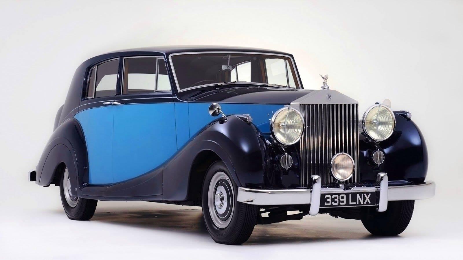 1950-Rolls-Royce-Silver-Wraith