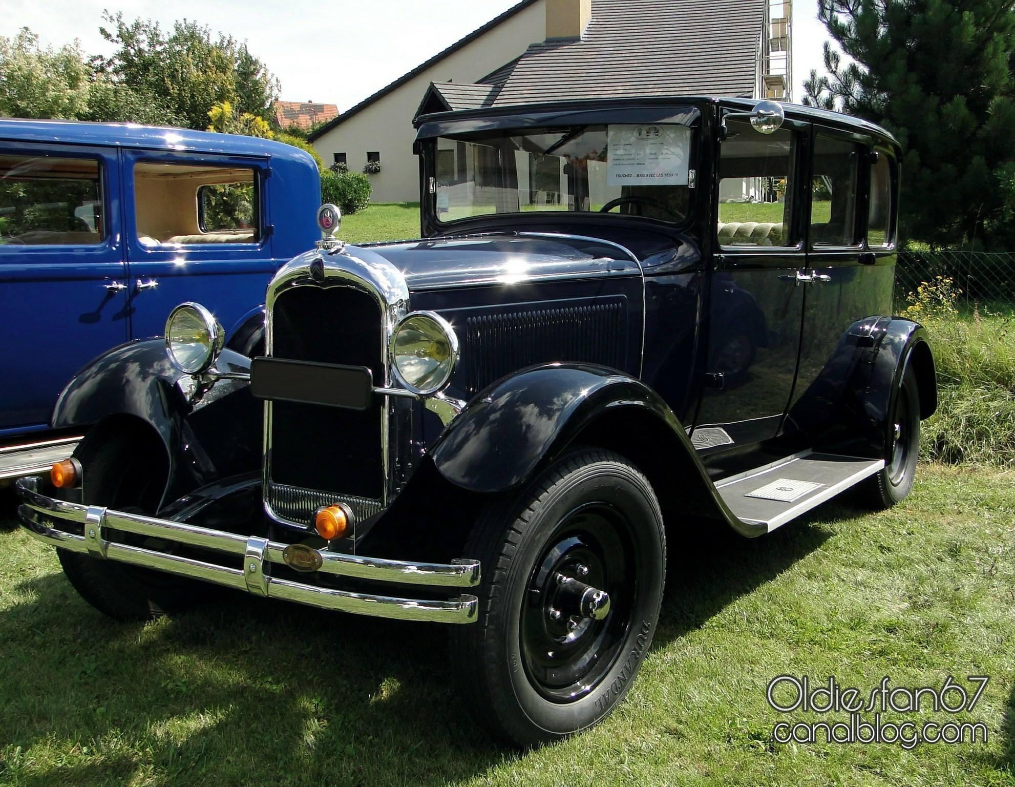 Citroen-C4-Berline-1930