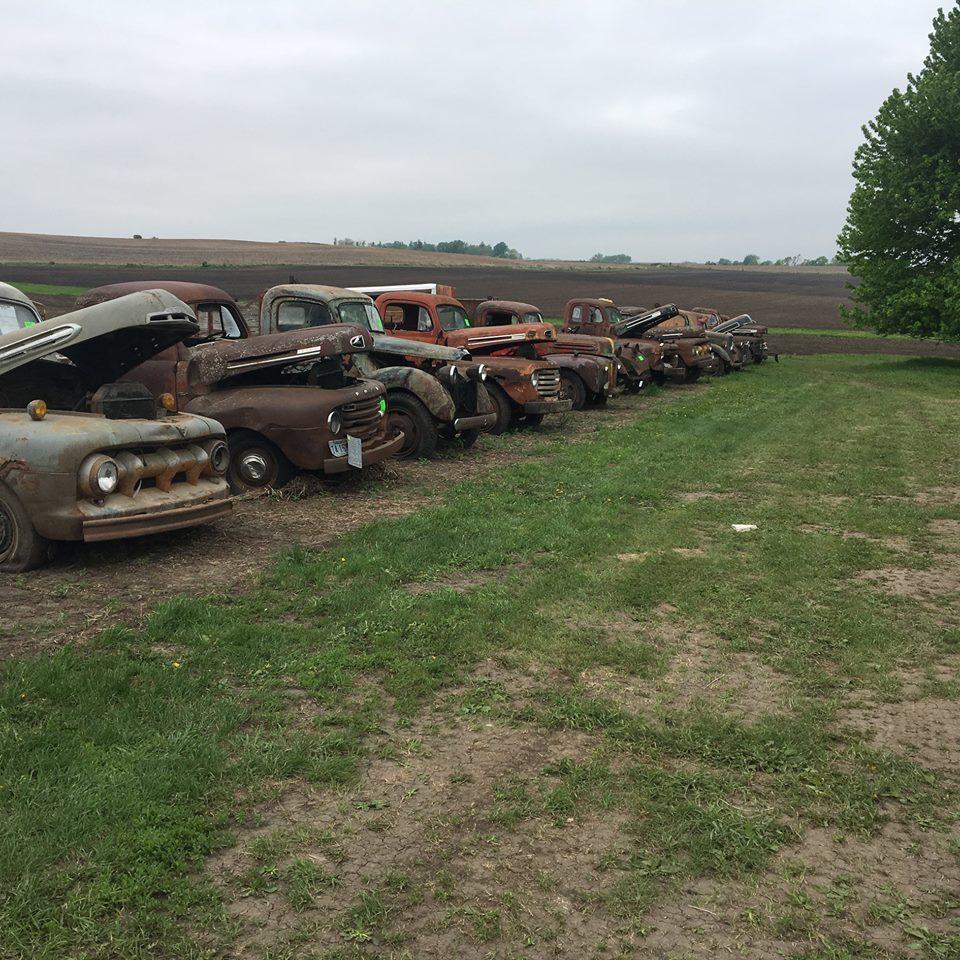 Van-overleden-eigenaar-die-nooit-eeentje-heeft-verkocht-allemaal-Ford-3