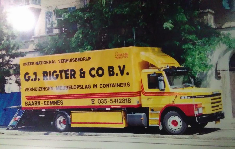Marcel-Witteveen-foto-Scania-T93-220-met-BDF-frame-hier-in-Zurich[1]